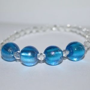 Beautiful NWOT Blue glass and crystal bracelet